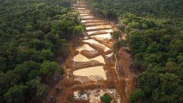 Arreaza Pequeños mineros son fundamentales para desarrollo del Arco 260x146 - Arreaza: Pequeños mineros son fundamentales para desarrollo del Arco