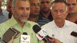 ministro para el Transporte Terrestre Ricardo Molina 260x146 - Ejecutivo discutirá incremento de pasaje esta semana