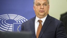 Gobierno húngaro se la aplica a la prensa 260x146 - Gobierno húngaro se la aplica a la prensa