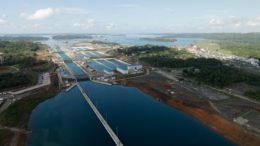Un grupo chino se la juega en el Canal de Panamá 260x146 - Un grupo chino se la juega en el Canal de Panamá