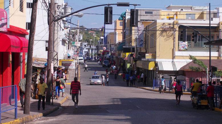 Delincuentes jamaicanos se benefician con impuestos 777x437 - Delincuentes jamaicanos se benefician con impuestos
