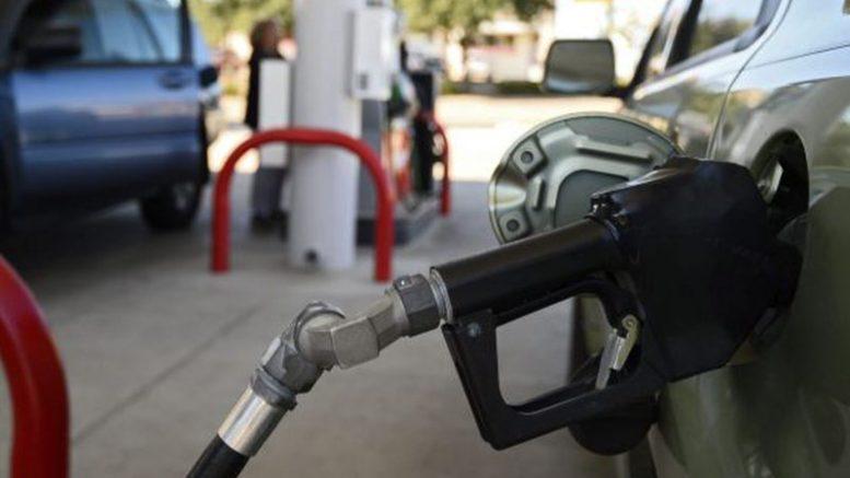 Efecto Harvey La dinámica entre el crudo y la gasolina 777x437 - ¡Efecto Harvey! La dinámica entre el crudo y la gasolina