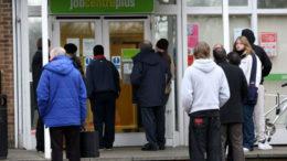 Crisis de empleos no especializados alarma a británicos 260x146 - Crisis de empleos no especializados alarma a británicos