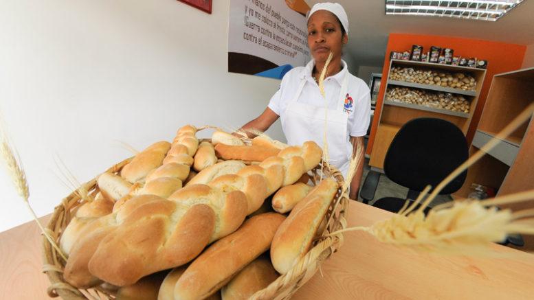 Panadería CLAP N° 17 producirá 3 mil panes diarios 777x437 - Panadería CLAP N° 17 producirá 3 mil panes diarios