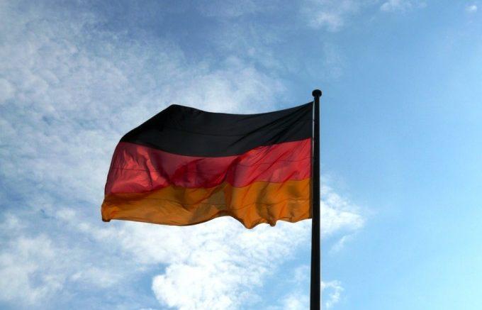 Billeteras gordas 63 de los alemanes supera a sus padres en ingresos 680x437 - ¡Billeteras gordas! 63% de los alemanes supera a sus padres en ingresos