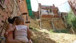 Dura lucha Pobreza extrema se mantuvo en 44 260x146 - ¡Dura lucha! Pobreza extrema se mantuvo en 4,4%