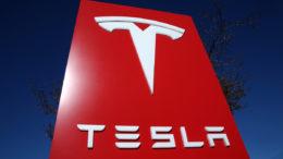 Tesla también ha sufrido el terror de los ciberdelincuentes 260x146 - Tesla también ha sufrido el terror de los ciberdelincuentes