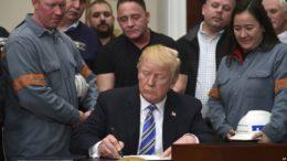 Pese a advertencias Trump decreta aranceles para el acero y el aluminio 260x146 - Pese a advertencias Trump decreta aranceles para el acero y el aluminio
